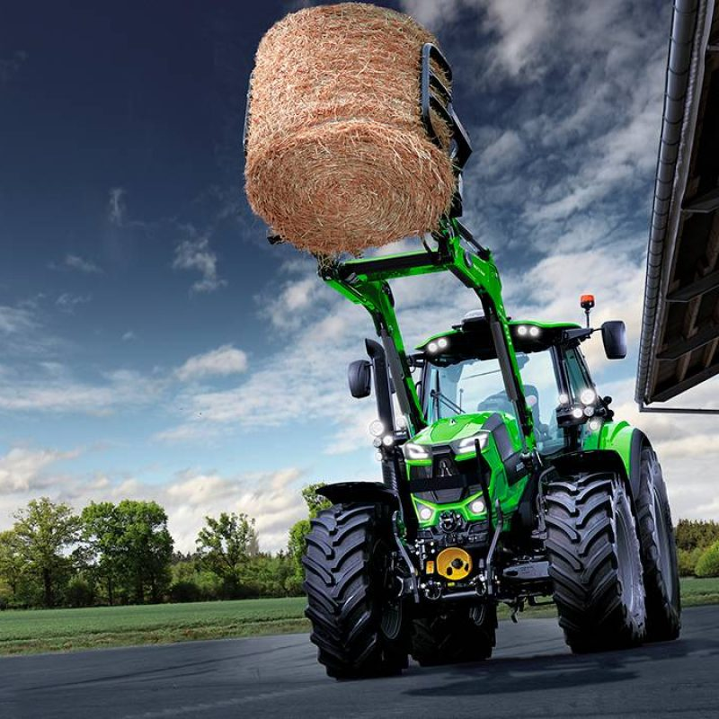 6185_TTV_Brochure_Field_Front-Loader_Bale-Grape